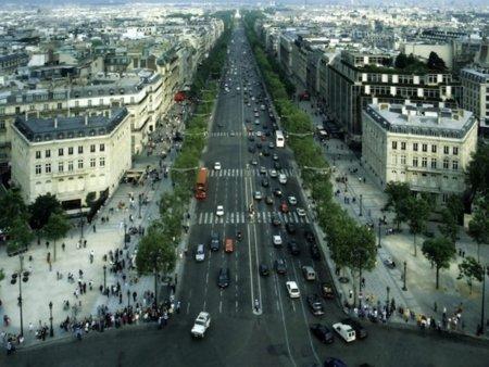 En Francia podrían sancionar a Google Street View por grabar extractos de correos electrónicos