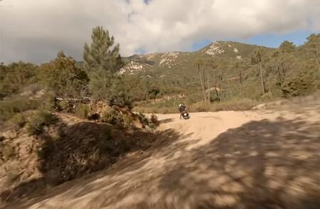 El scooter offroad de Kymco podría estar detrás de este teaser en forma de vídeo, un rival de la Honda X-ADV