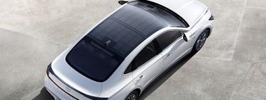 Hyundai integra por primera vez paneles solares en un modelo híbrido