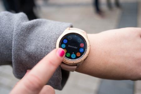 El lector de huellas en la pantalla llegará a los smartwatch si esta patente de Samsung se hace realidad