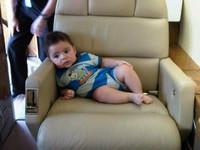 Milan Piqué sí que sabe viajar cómodo