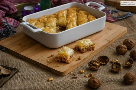 Esta es la auténtica receta de baklava, el dulce más representativo de la pastelería turca (y el más delicioso)