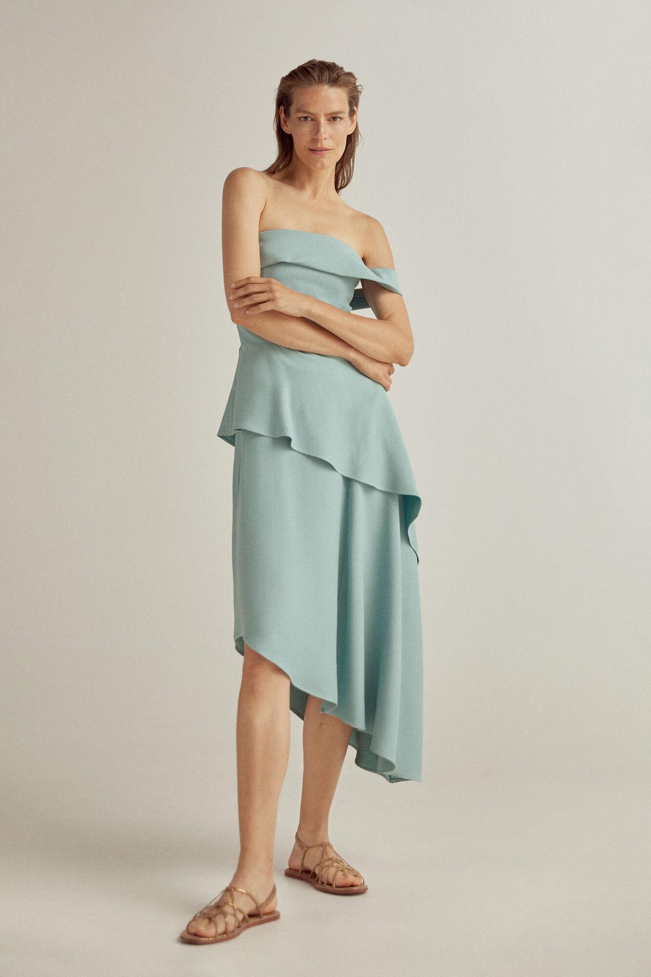 Vestido asimétrico azul cielo