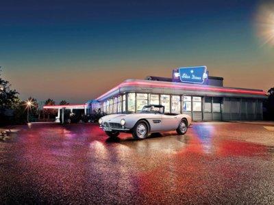 Este es el especialísimo BMW 507 de Elvis Presley, y en unos días puede ser tuyo