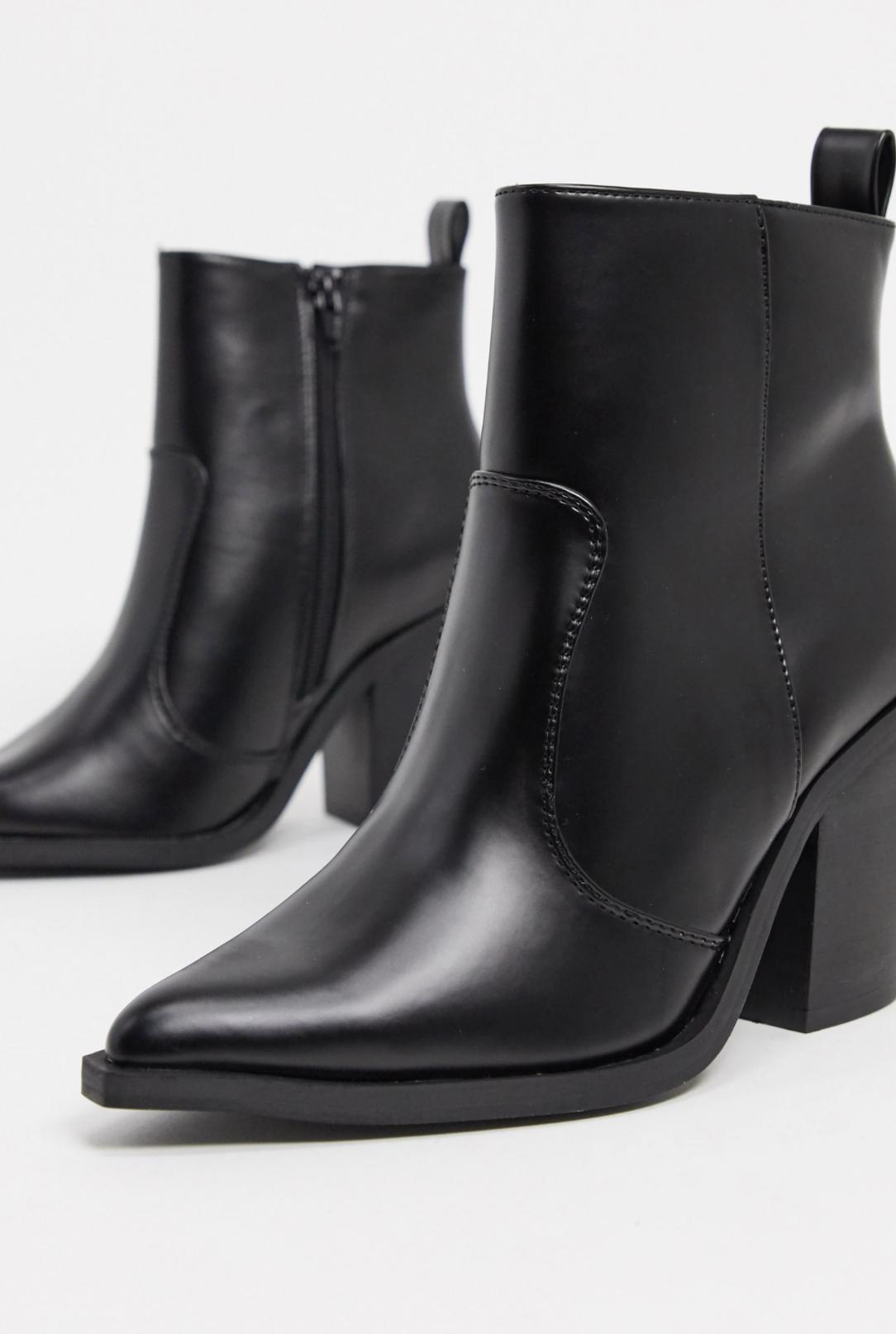Botas de tacón estilo western en negro Emmy de ASOS DESIGN