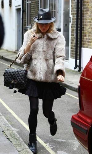 La clase british en manos de Sienna Miller en Londres