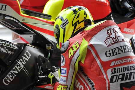 Rossi Vs Lorenzo Ducati