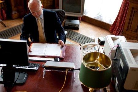 """William Hague: """"Nunca ha sido más fácil convertirse en un cibercriminal"""""""