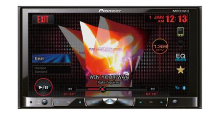 Pioneer lanza dos nuevos receptores AV para coche con aplicaciones de móvil