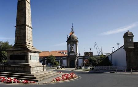 1024px Puerta Del Arsenal Militar De Ferrol Jpg 1 024x647 Pixeles