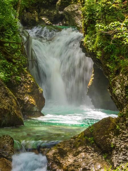 Waterfall 4096136 1920