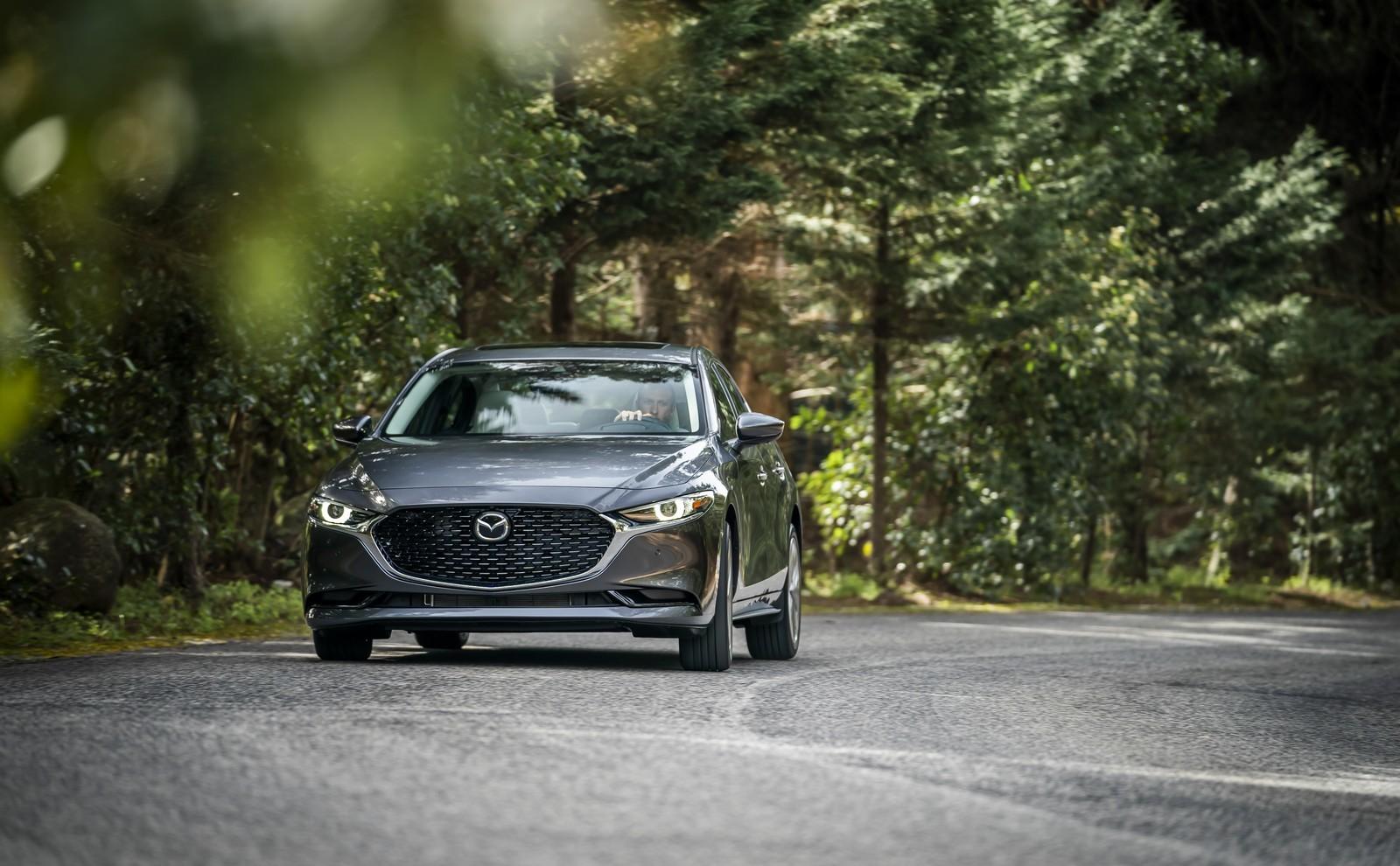 Foto de Mazda3 2019 Sedán (15/40)