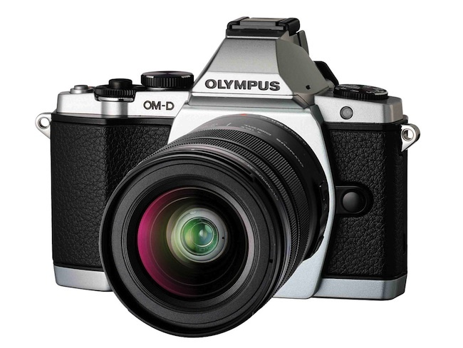 olympus E-M5 front