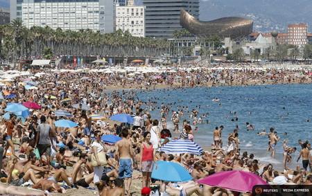 Por primera vez desde 2009, el turismo crece menos que la economía española