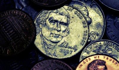 ¿Sirve para algo una moneda local de la ciudad como la que quieren Colau y Compromís?