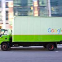 Google te quiere entregar los paquetes en un camión autónomo