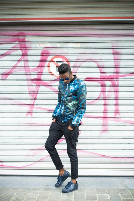 El Mejor Street Style De La Semana El Renacer De La Bomber Jacket Retoma Las Calles 12