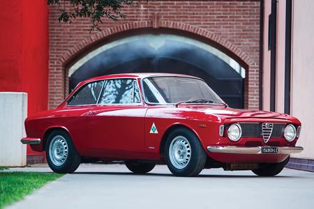 Alfa Romeo Giulia Sprint Gta 61