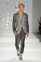 Custo Barcelona Primavera-Verano 2013 en la Mercedes-Benz Fashion Week Nueva York