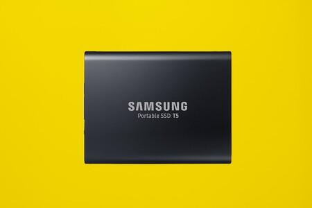 Velocidad, ligereza y capacidad a precio mínimo: hazte con el SSD Samsung T5 de 1TB por 120 euros en Amazon