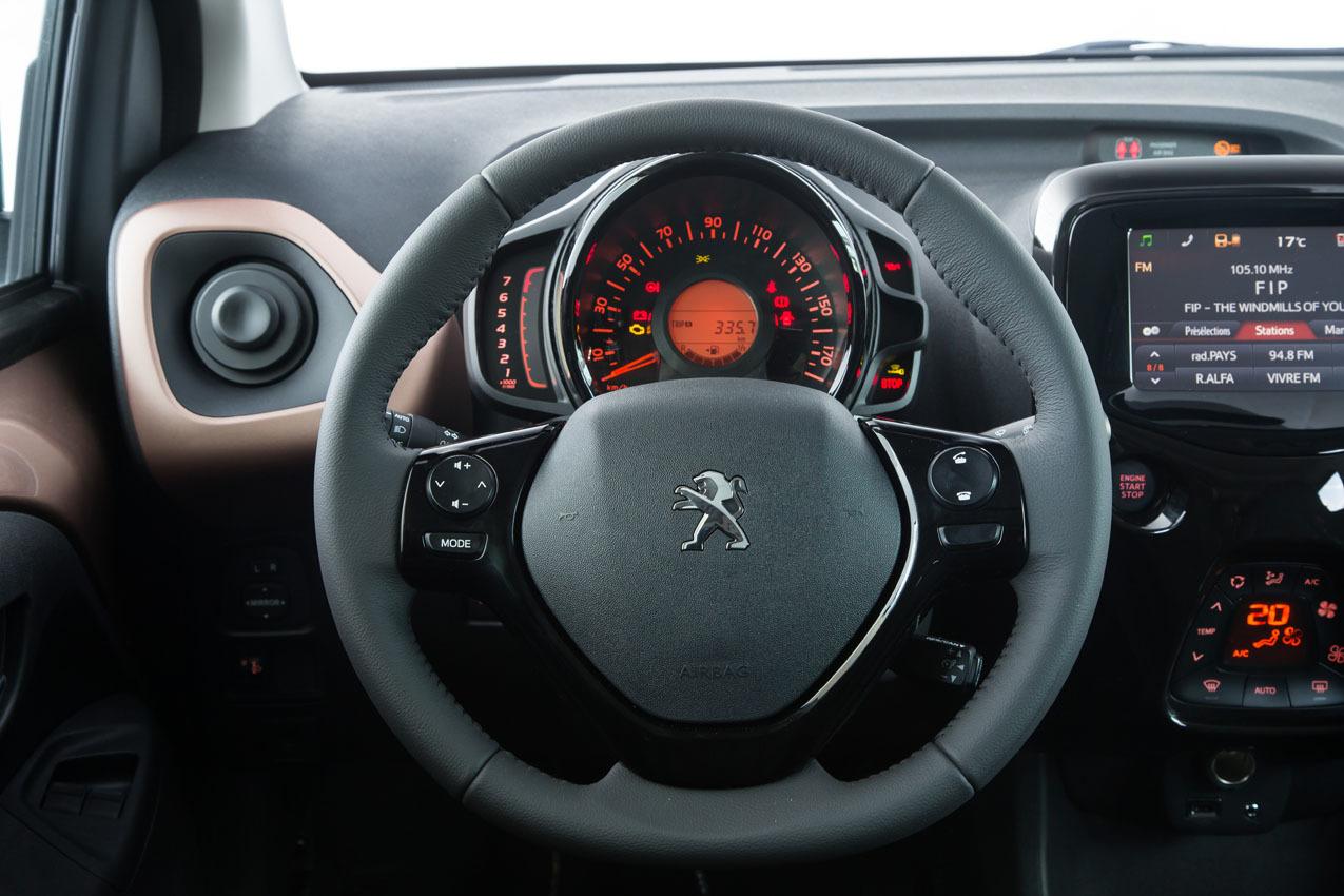 Foto de Peugeot 108 (28/35)