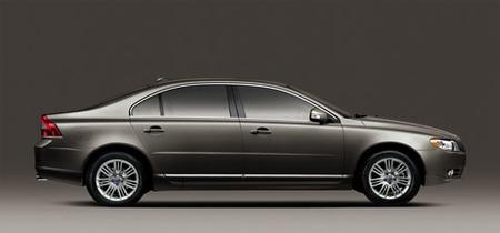 Volvo presenta el S80 largo para China