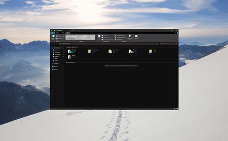 La última beta de Windows 10 incluye el primer modo oscuro para el explorador de archivos y un nuevo portapapeles de lujo