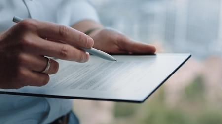 reMarkable 2 es la tablet de tinta electrónica que promete dos semanas de autonomía y sensación de escribir en papel