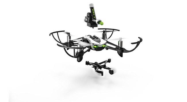 Dron cuadricóptero Parrot Mamto