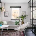 Un apartamento con una pared de cristal para separar estancias ¿Buena o mala idea?