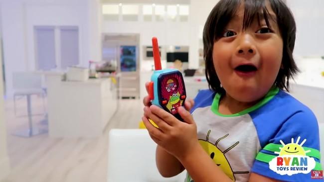Cuando hacer unboxings de juguetes te convierte en el youtuber mejor pagado: Ryan Toys Review factura 22 millones en 2018