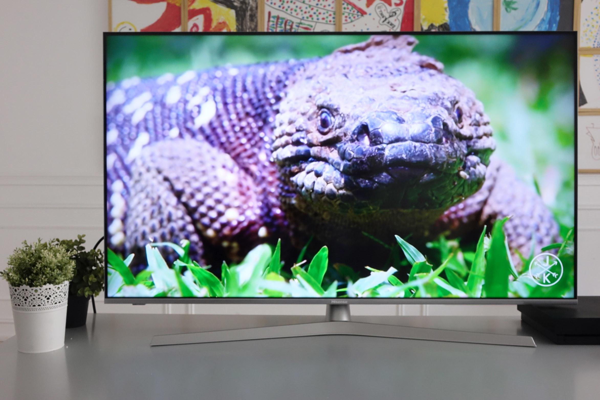 Foto de Televisor Hisense H50U7B ULED 4K UHD (46/48)