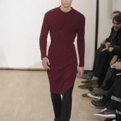 Foto 8 de 17 de la galería raf-simons-otono-invierno-20102011-en-la-semana-de-la-moda-de-paris en Trendencias Hombre
