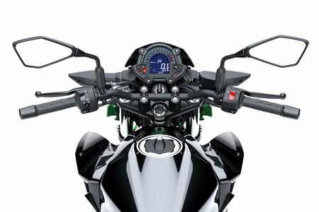 Kawasaki Z 400 2019 025