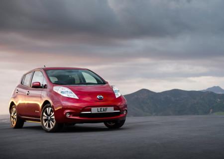 El futuro luce muy eléctrico y lleno de crossovers, para no desentonar Nissan ya planea una nueva variante del Leaf