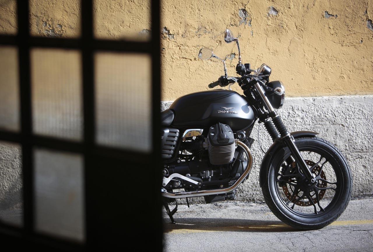 Foto de Moto Guzzi V7 Stone (17/57)
