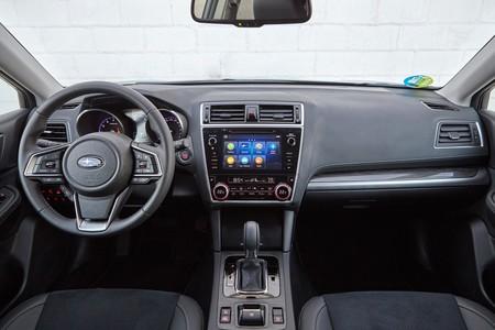 Subaru Outback Silver Edition 04 Interior