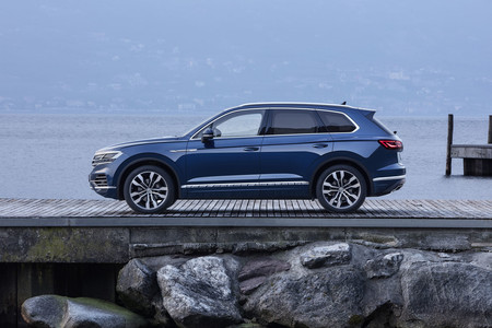 Volkswagen Touareg lateral