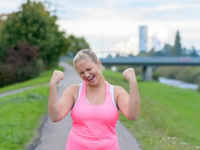 Tres maneras diferentes de perder grasa (y ninguna es cardio ni dieta)