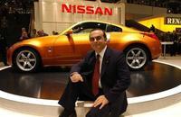 Ghosn mantiene las riendas de Nissan