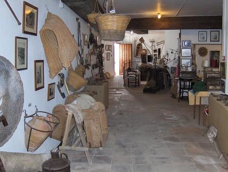 Museo De Benagalbon