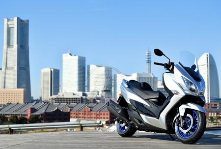 Suzuki Burgman 400 2021 001