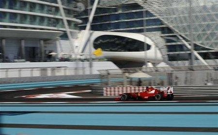 GP Abu Dhabi F1 2011: Fernando Alonso queda segundo ante un intratable Lewis Hamilton
