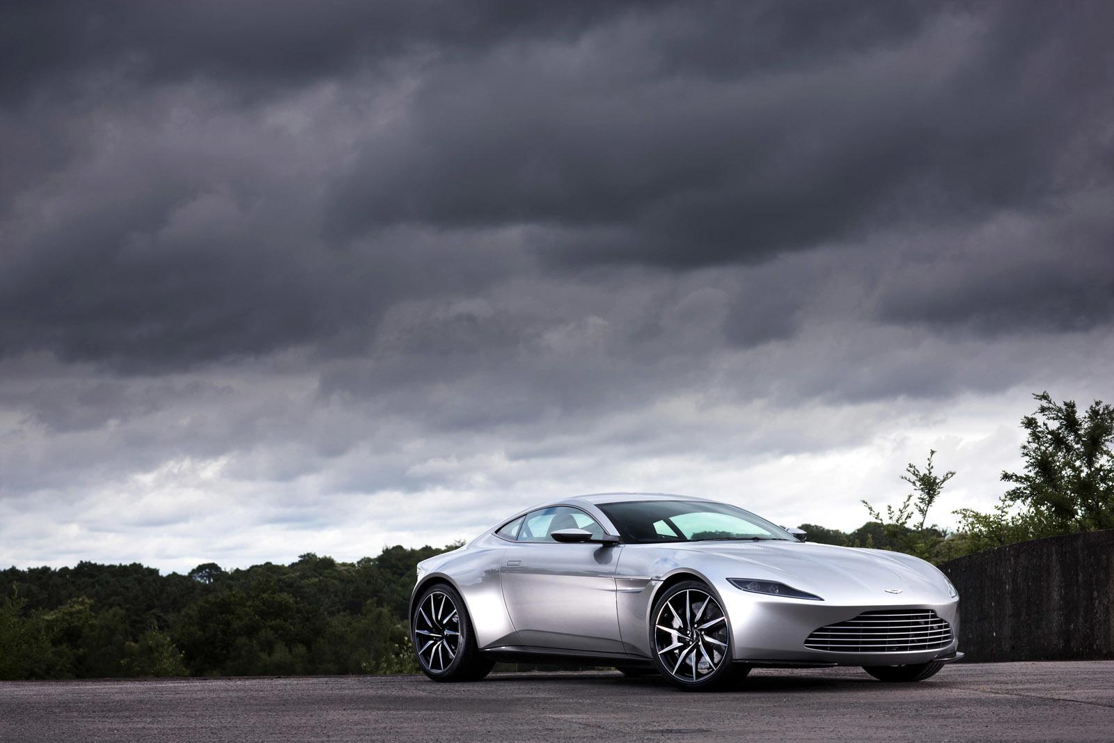 Foto de Aston Martin DB10 (1/4)