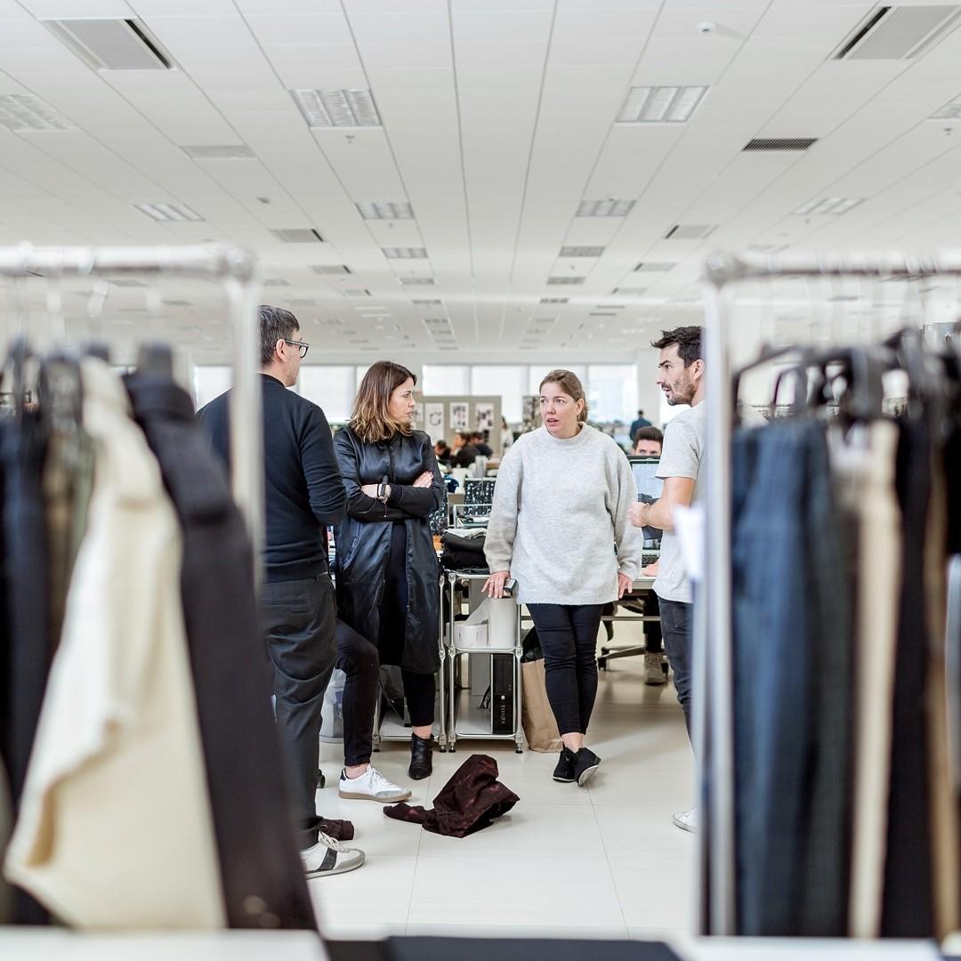 tenaz Preludio Esperar algo  Zara, Massimo Dutti, Tempe: Trabajadores de Inditex nos cuentan cómo viven  la crisis del Coronavirus