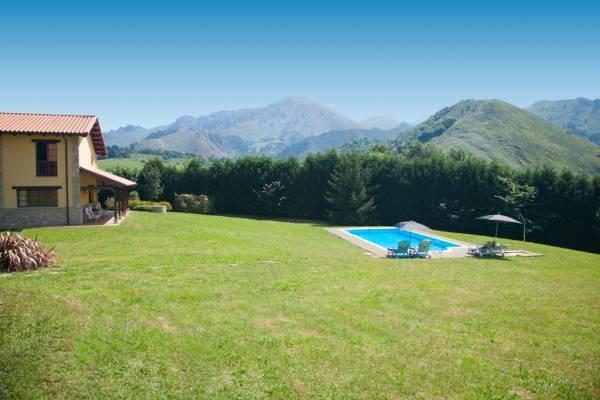 Seis casas rurales con piscina ideales para desconectar - Casas rurales con piscina cerca de madrid ...