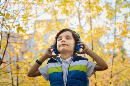 Qué auriculares para niños comprar: la importancia de la limitación de volumen y modelos destacados