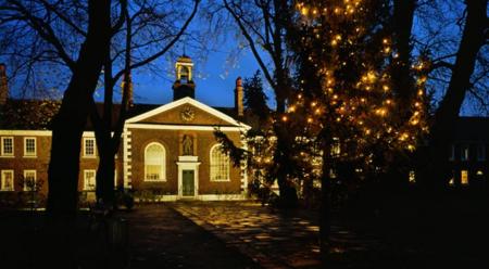 ¿Amante de la Navidad? Pues toma 400 años de decoración navideña en el Geffrye Museum de Londres