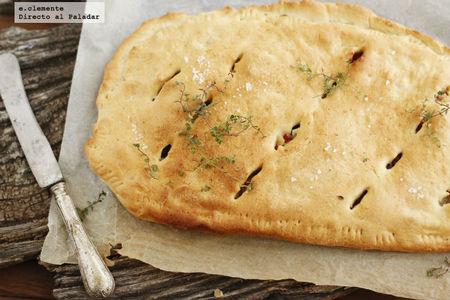 Focaccia con peras, tocino y gorgonzola. Receta