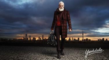 El Santa Claus más sexy y elegante que hayas visto jamás está en Toronto